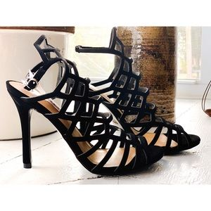 NWT Mossimo black strappy cut out heels